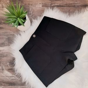 Aritzia Wilfred Free high waist shorts